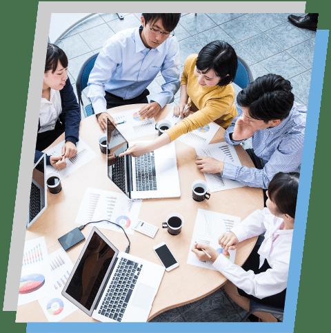 コミュニケーションが生まれ企業力が向上する様子